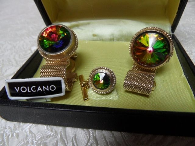 Dazzling Volcano Rivoli Glass Formal Men's Gold Mesh Wrap Cuff Links & Tie Tac