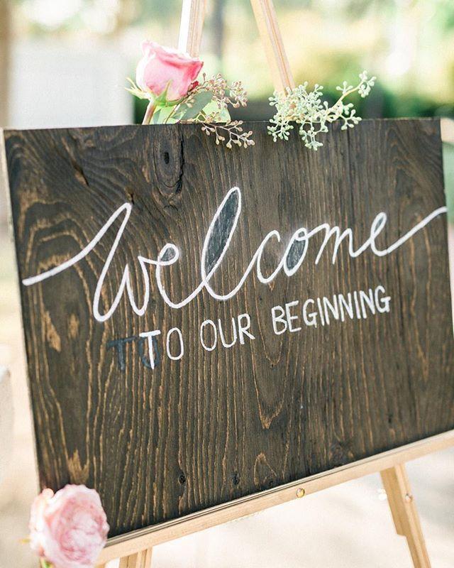 """Christian Wedding Reception Ideas: """"Welcome To Our Beginning"""" Linda Sinalização De Recepção"""