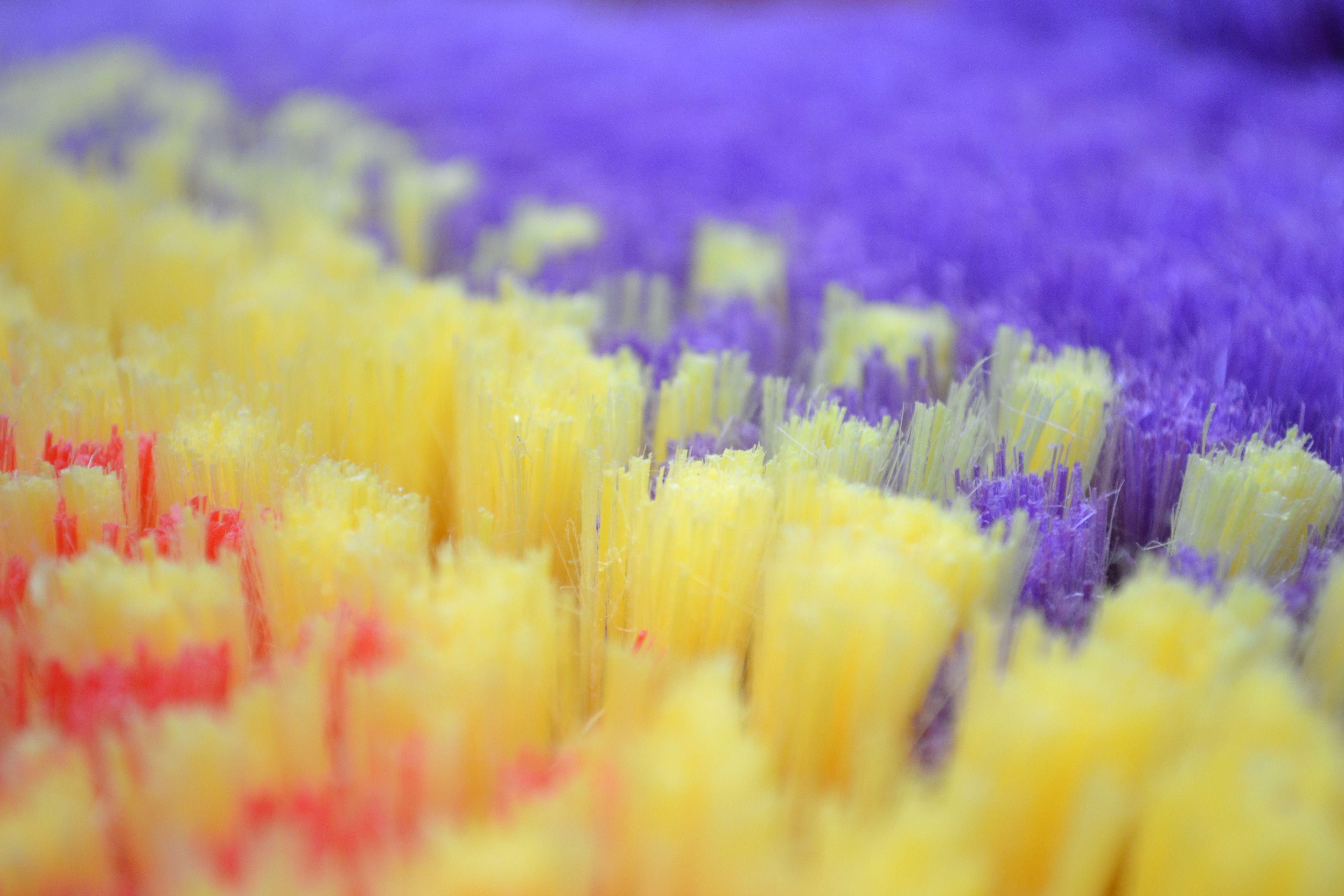 Las fibras son parte importante en la fabricación  de una escoba
