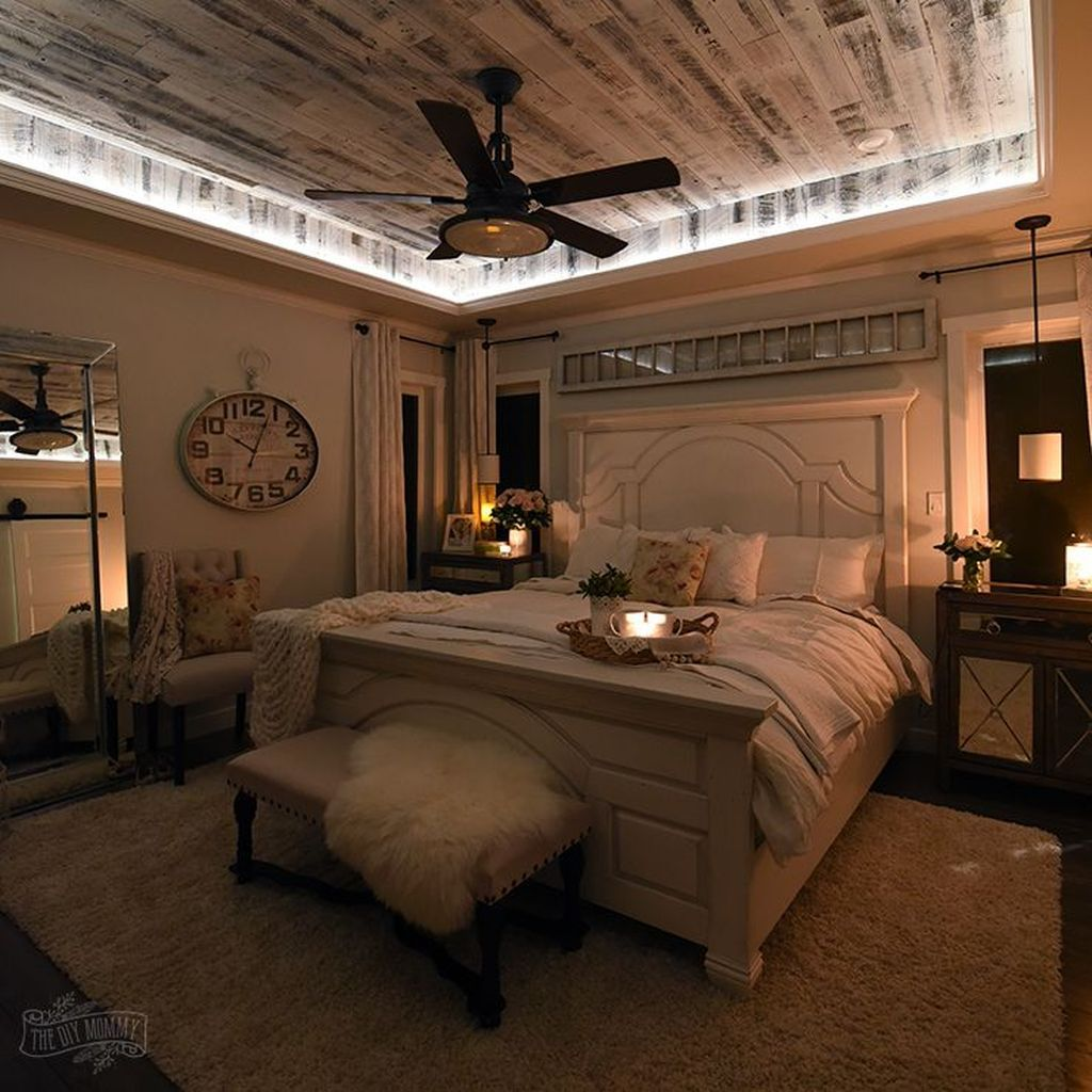 16 Fantastic Master Bedroom Decorating Ideas: Great French Country Farmhouse Design Ideas Match For Any