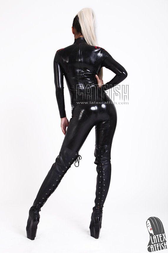 Közzétéve itt: Latex uniform