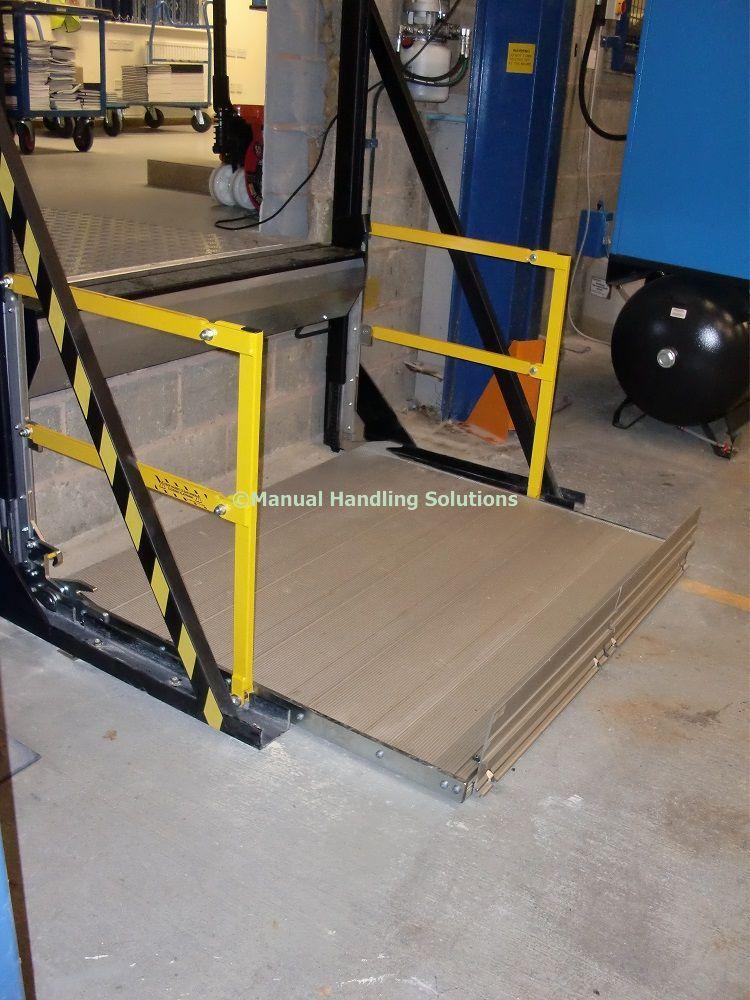 Bay Lift Split Level Low Level Platform Lift Manual Handling