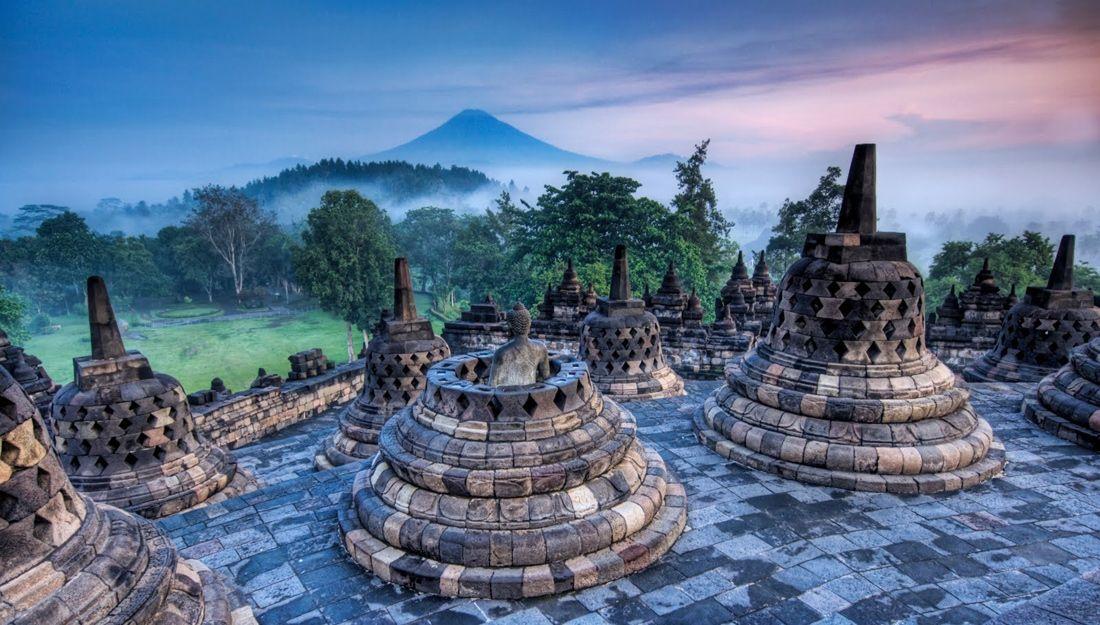Templo budista de Borobudur, na Indonésia
