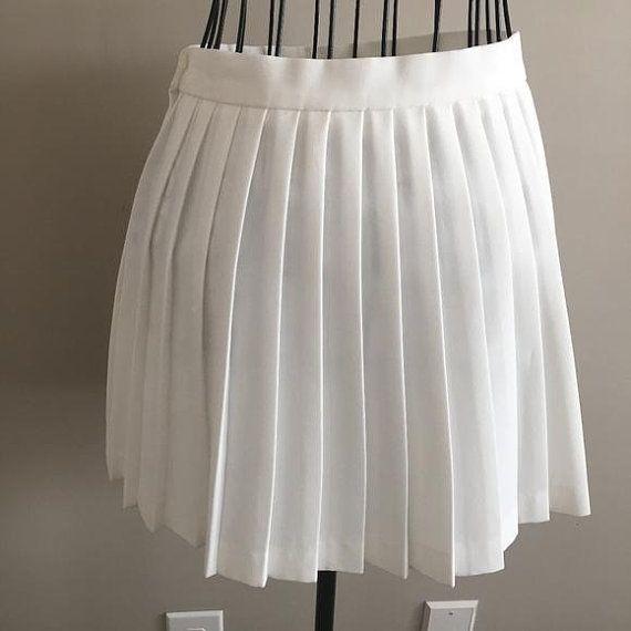 796aee01775f Vintage Le Coq Sportif Classic Pleated White Tennis Skirt Schoolgirl Mini  Size 6