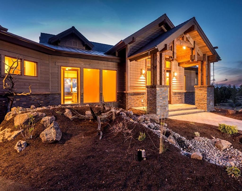 This ranch style #houseplan is 3398 sq ft and has 3 bedrooms and 2.5 bathrooms - Plan 895-29: http://buff.ly/1KAJqdZ