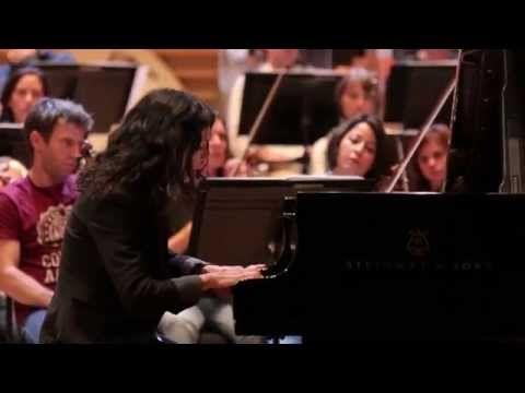c835dafcfcd ... ▷ Katia et Marielle Labèque jouent le Concerto pour 2 pianos de Martinu  - YouTube