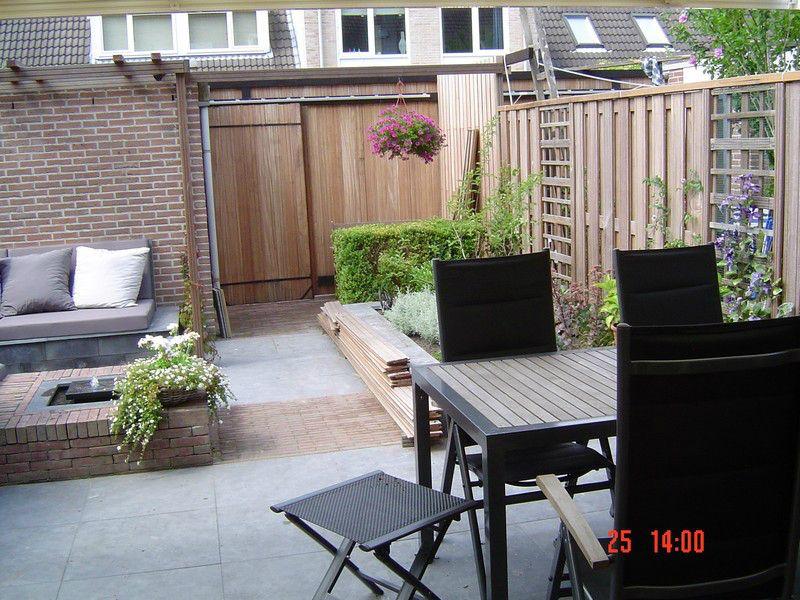 Kleine tuin met zithoek 32 nalbach tuinontwerp for Kleine stadstuin ideeen