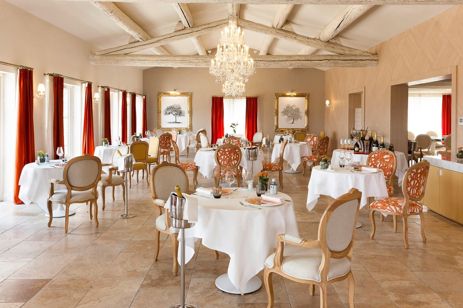 Mobilier Hotel Restaurant Creation Mobilier Hotel Mas Des Herbes Blanches Restaurant