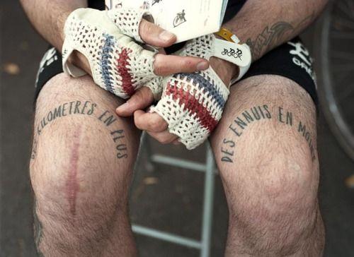Des Km En Des Ennuis En Bike Tattoos Bicycle Tattoo Knee Tattoo