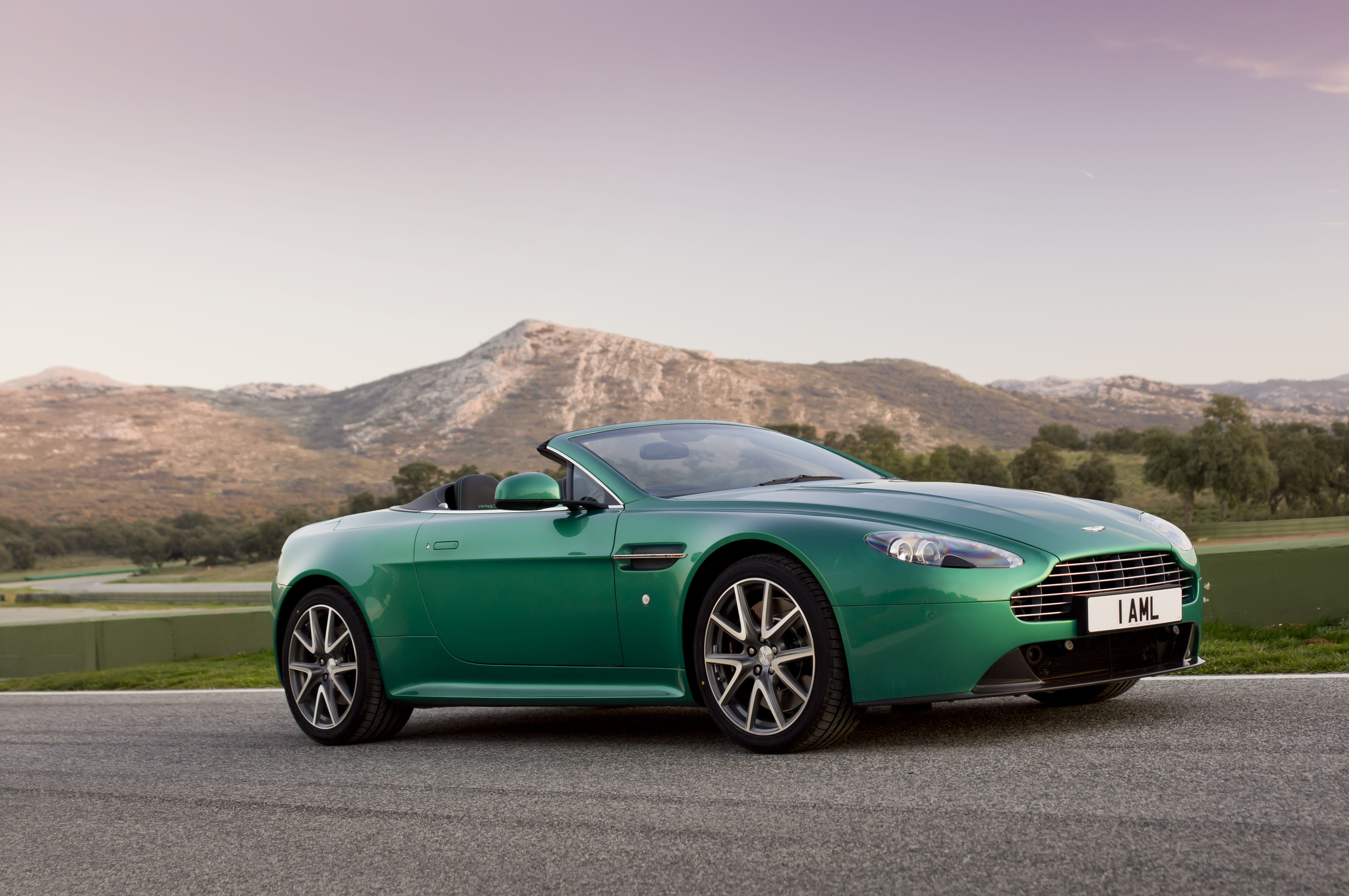 Aston Martin V8 Vantage S A Lesson In Race Bred Dynamism Discover More At Http Www Astonmartin Com Cars Th Aston Martin V8 Aston Martin Aston Martin Models