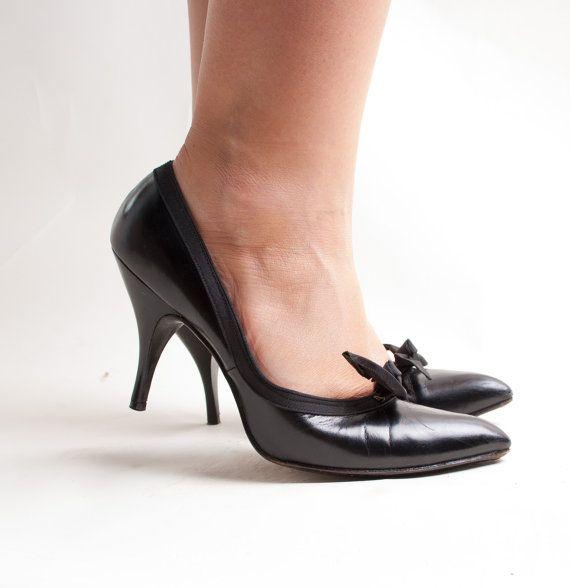 79b4d494974a0 Vintage 1950s Shoes - 50s Stiletto Heels - Classic Black Leather ...