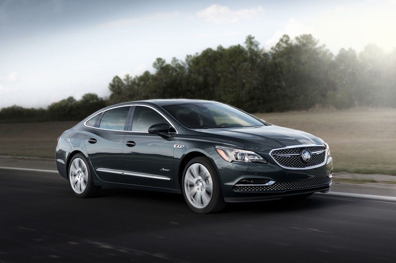 2020 Buick Lesabre Mpg Towing Capacity And Cabin Space Buick Lacrosse