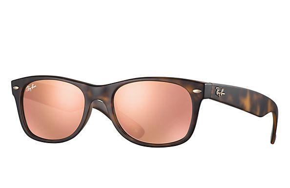 5b2ff703f4 Ray Ban RB2132 New Wayfarer At Collection sunglasses – Black Frame   Silver  Mirror Lens