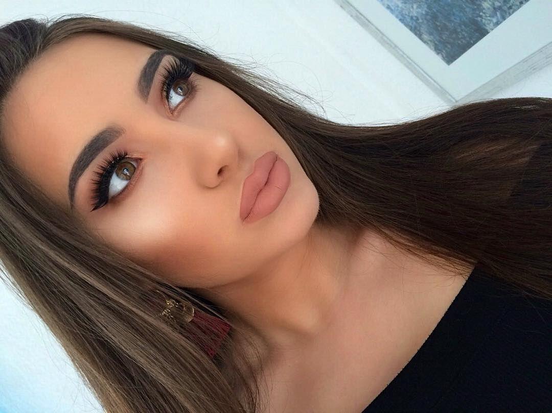 Frankfurt Germany 20 Makeup Artist Dm Or E Mail For Bookings Kristinaperkovic94 Gmail Com Snap Instagram Posts Makeup Makeup Artist