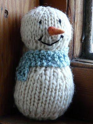 Shabby Chic Snowman ~ Free Knitting Pattern   Knitting ...