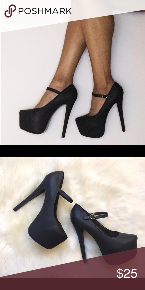 Black Platform Heels | Black platform