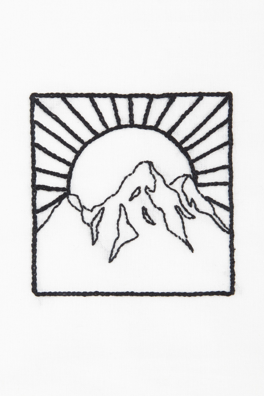 Montagne & soleil – motif broderie