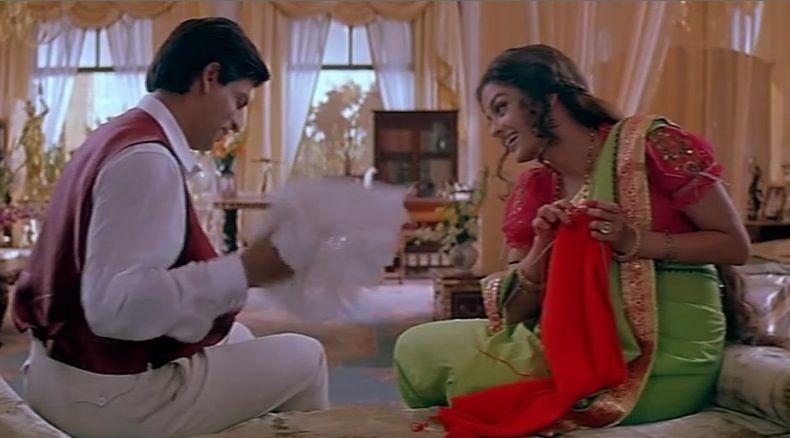 Aishwarya Rai knitting in the movie Devdas