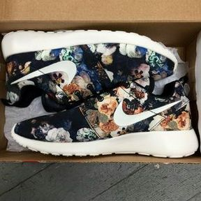 Floral Nikes!!