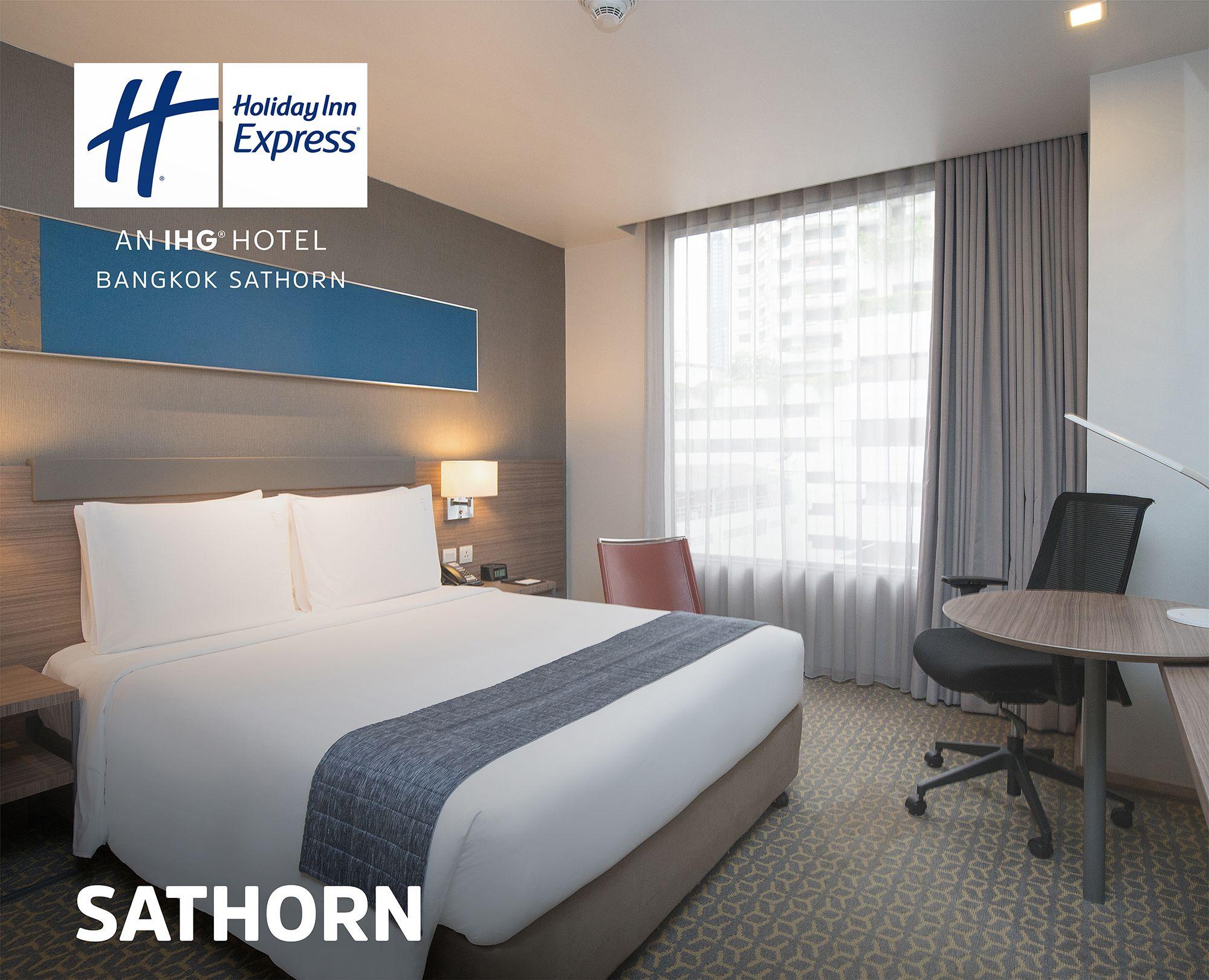 Upto 15 Off On Holiday Inn Express Bangkok Sathorn With Images Holiday Inn Bangkok Travel Thailand Travel Tips