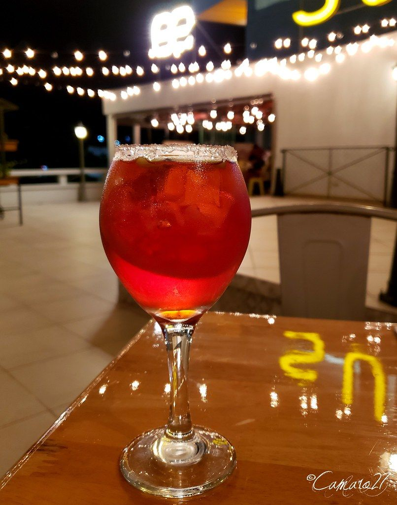 Colonia San Benito In 2020 Food Alcoholic Drinks Rose Wine