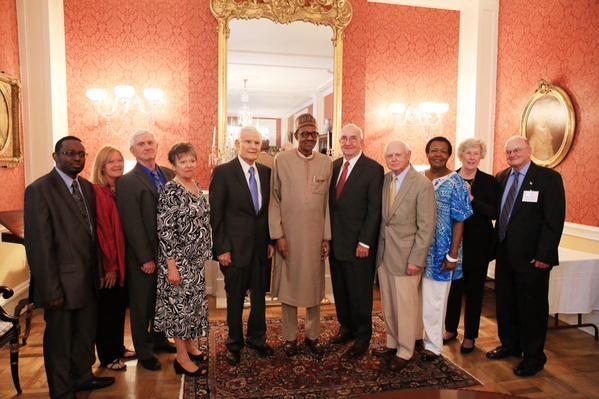 Ekpo Esito Blog: Buhari meets former classmates at U.S. War College...