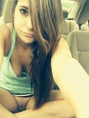 nude selfies Bottomless