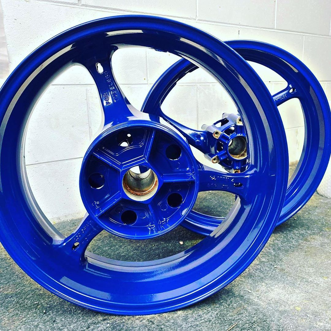 Freshly powder coated 🔵 Now what should I wrap them with