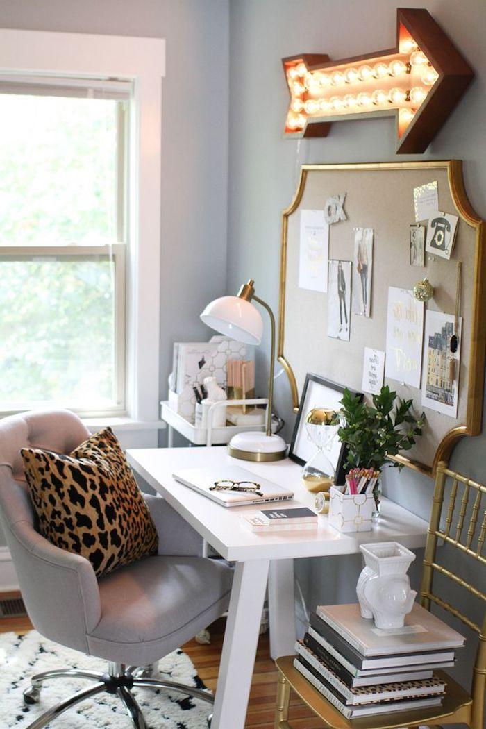 1001 id es piquer pour d corer son bureau au travail bureau original cadre dor et. Black Bedroom Furniture Sets. Home Design Ideas