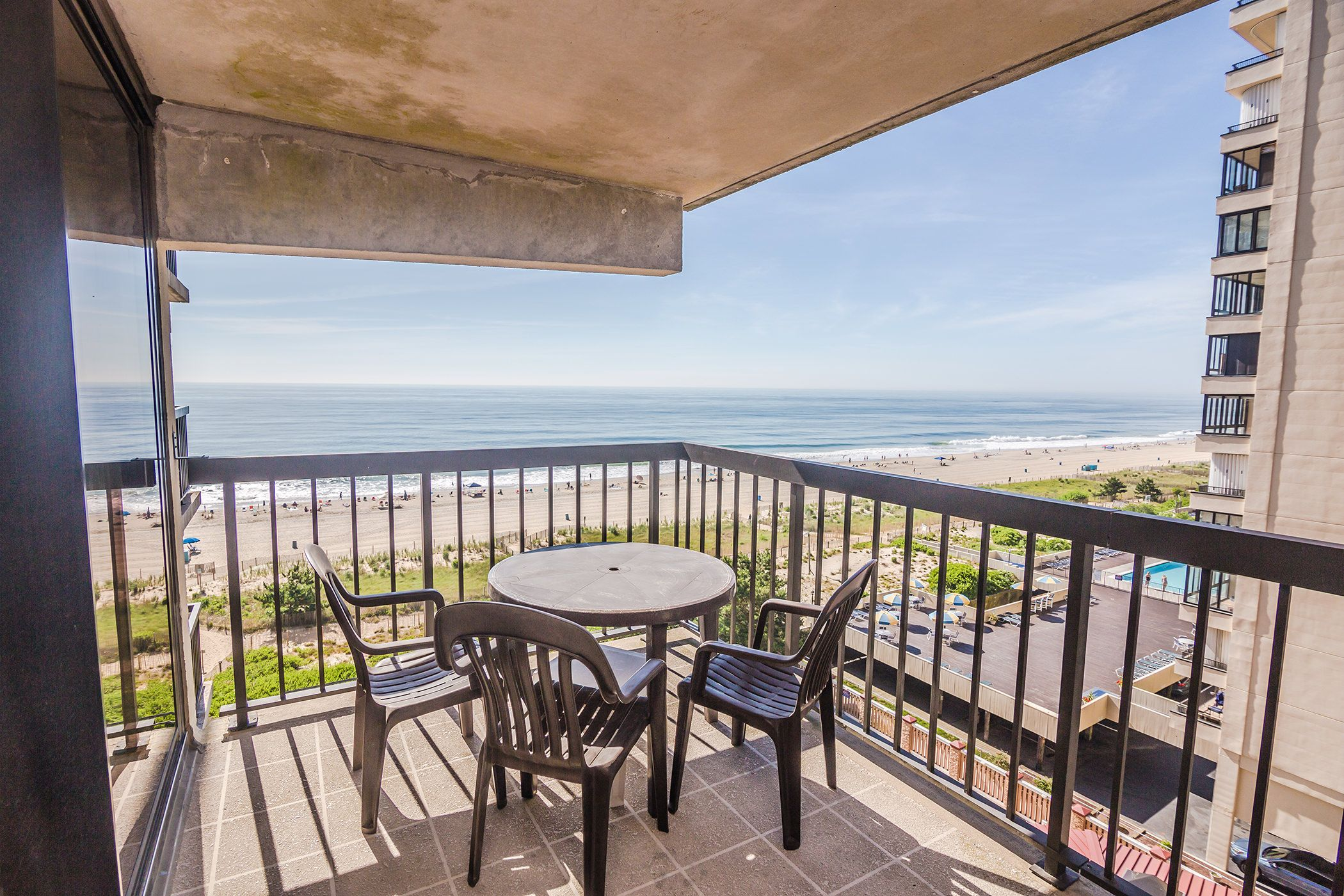 Breakfast On The Terrace Like At Tiffany S But With A Better View Ocean City Rentals Ocean City Ocean City Md