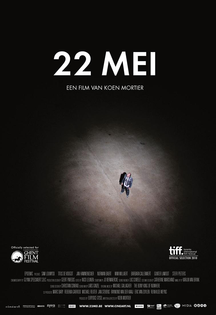 Film del 2012 diretto da Koen Mortier (vedi Ex Drummer), 22 mei è un terribile incubo solitario, freddamente tragico, pacatamente introspettivo e cinicamente surreale. Una storia di fantasmi mentali, di irrazionali sensi di colpa, del senno di poi che prolunga il rimorso, uccidendo due volte.