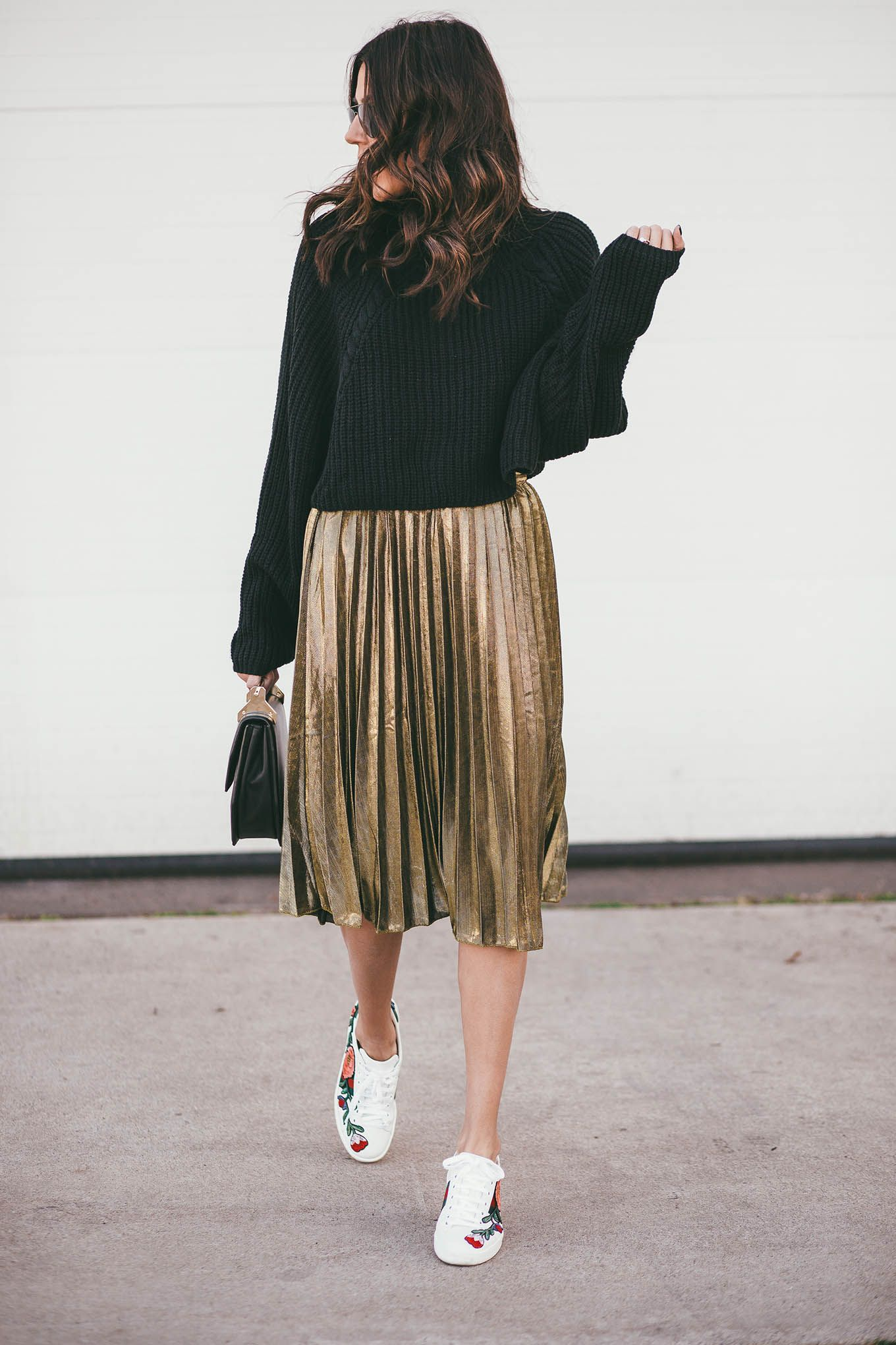 f670ddffe5 Black sweater and gold pleated skirt