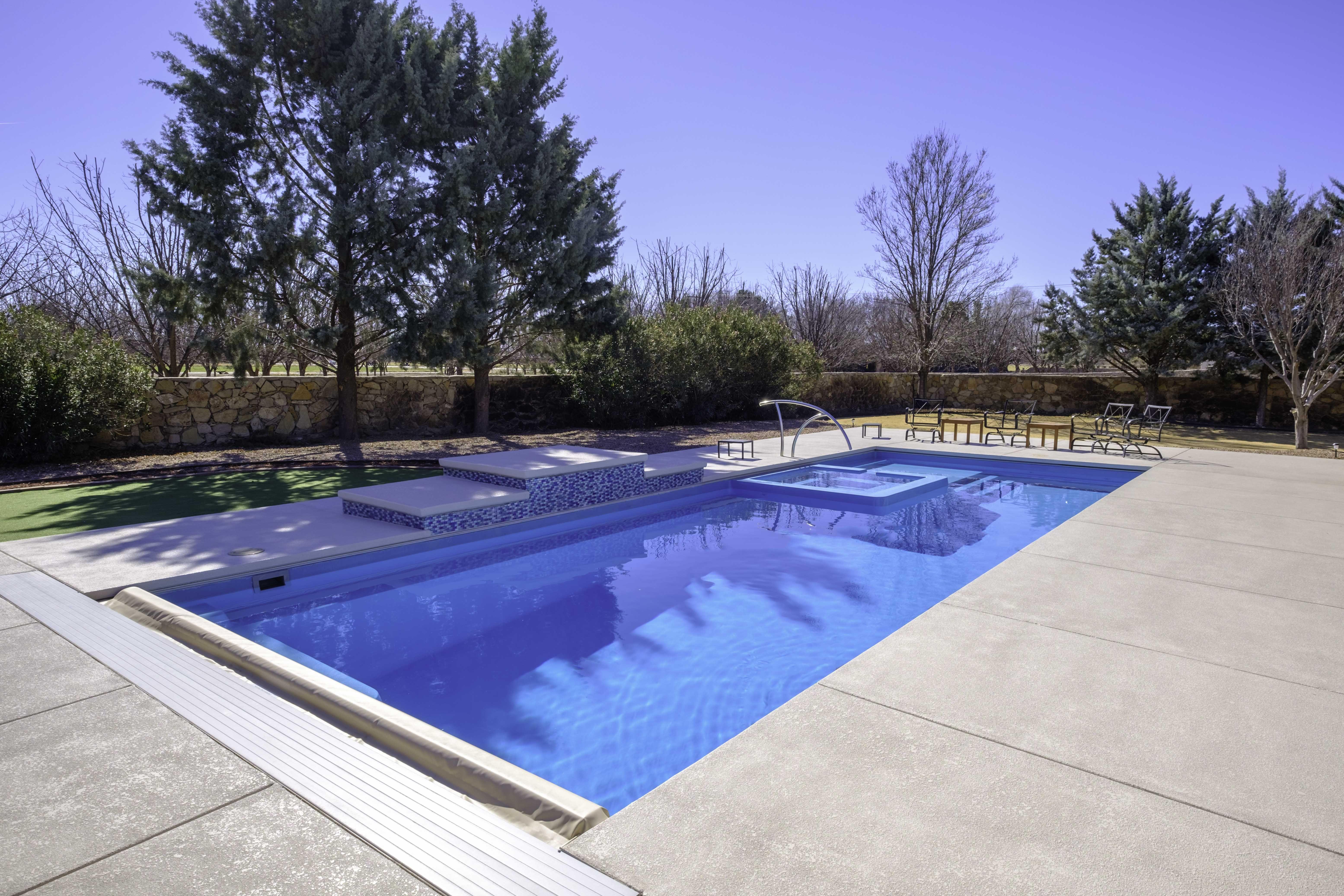 750 Imagine Pools World S Best Fiberglass Swimming Pools Ideas In 2021 Fiberglass Swimming Pools Swimming Pools Swimming