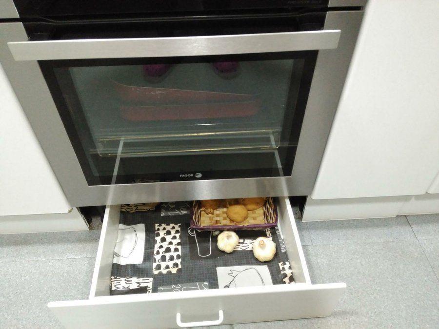 ¡Gana espacio de almacenaje extra en la cocina!   Cajones ...