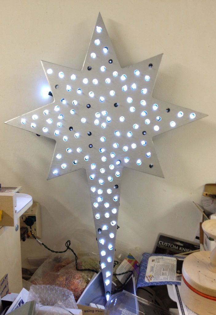 How to Quickly Create a Lighted Christmas Star Christmas stars