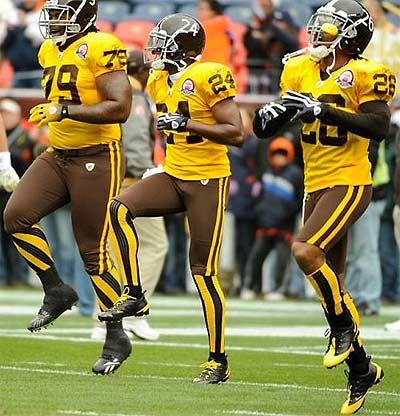 Worst Throwback Uniforms Ever  Denver Broncos 1960  53bb4d5ee