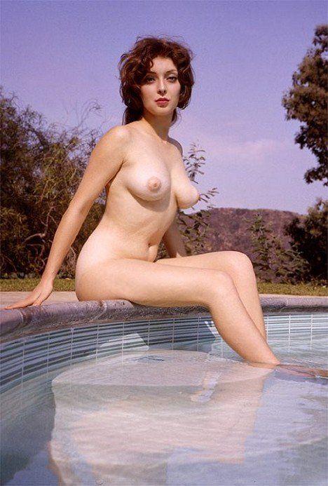 girl to girl to boy nude