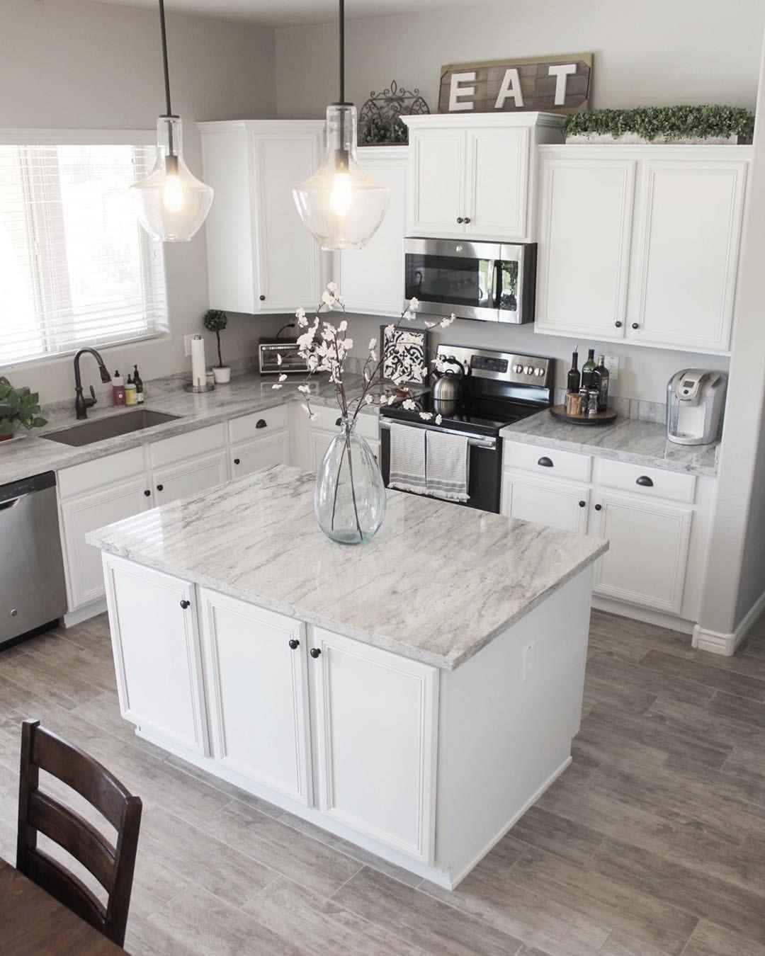 48 Elegant White Kitchen Design Ideas For More Comfortable Kitchen Design Small Kitchen Design White Kitchen Design