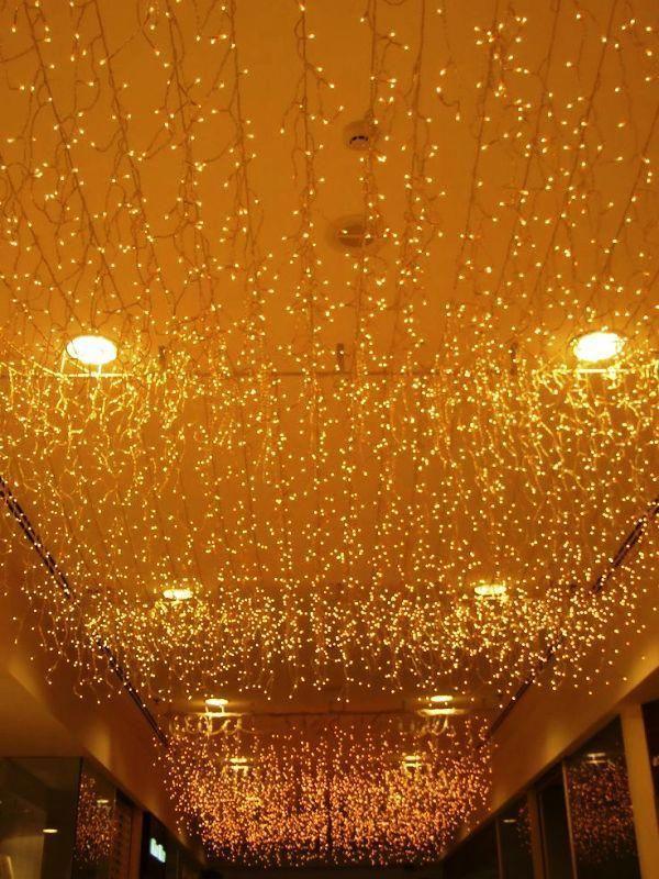 Christmas Lights Decorations On Ceiling #christmaslightsindoordecor