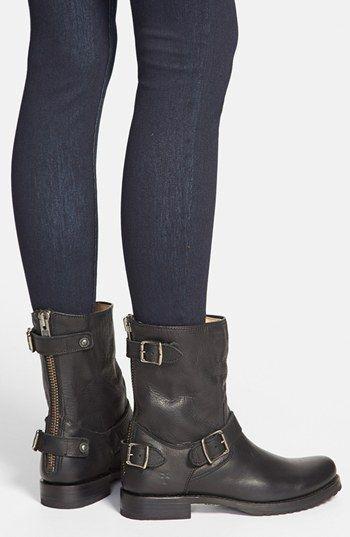 75365ccdf595 Frye  Veronica  Back Zip Short Boot