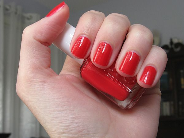 Essie Lollipop. Perfect Parisian red for the summer | Le Salon in ...