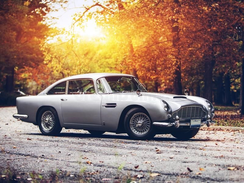 Aston martin DB5 editorial photo. Image of amazing, classic – 76292371