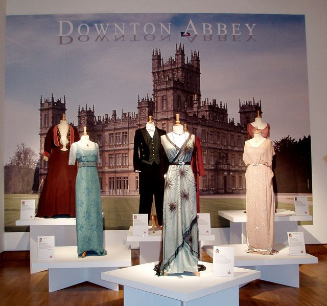 m21 downton abbey. Black Bedroom Furniture Sets. Home Design Ideas