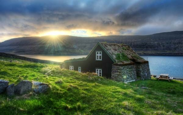 I want to go to Iceland so badly! eapaul