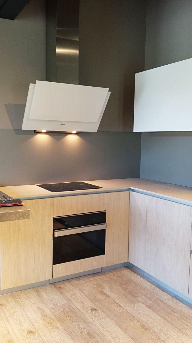 Dise o de cocina con campana pando p 729 realizado por mobles boix de la garriga cocinas con - La garriga mobles ...