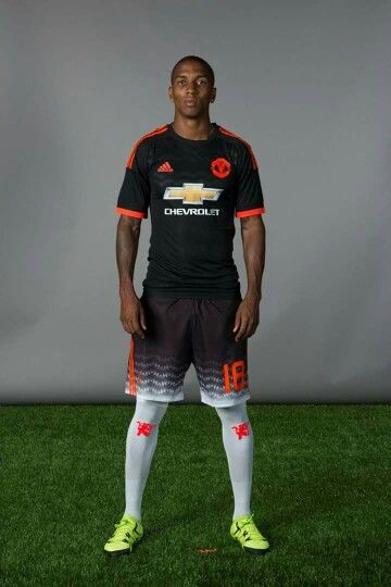 The 2014 15 Nike Manchester United 3rd Jersey Olahraga