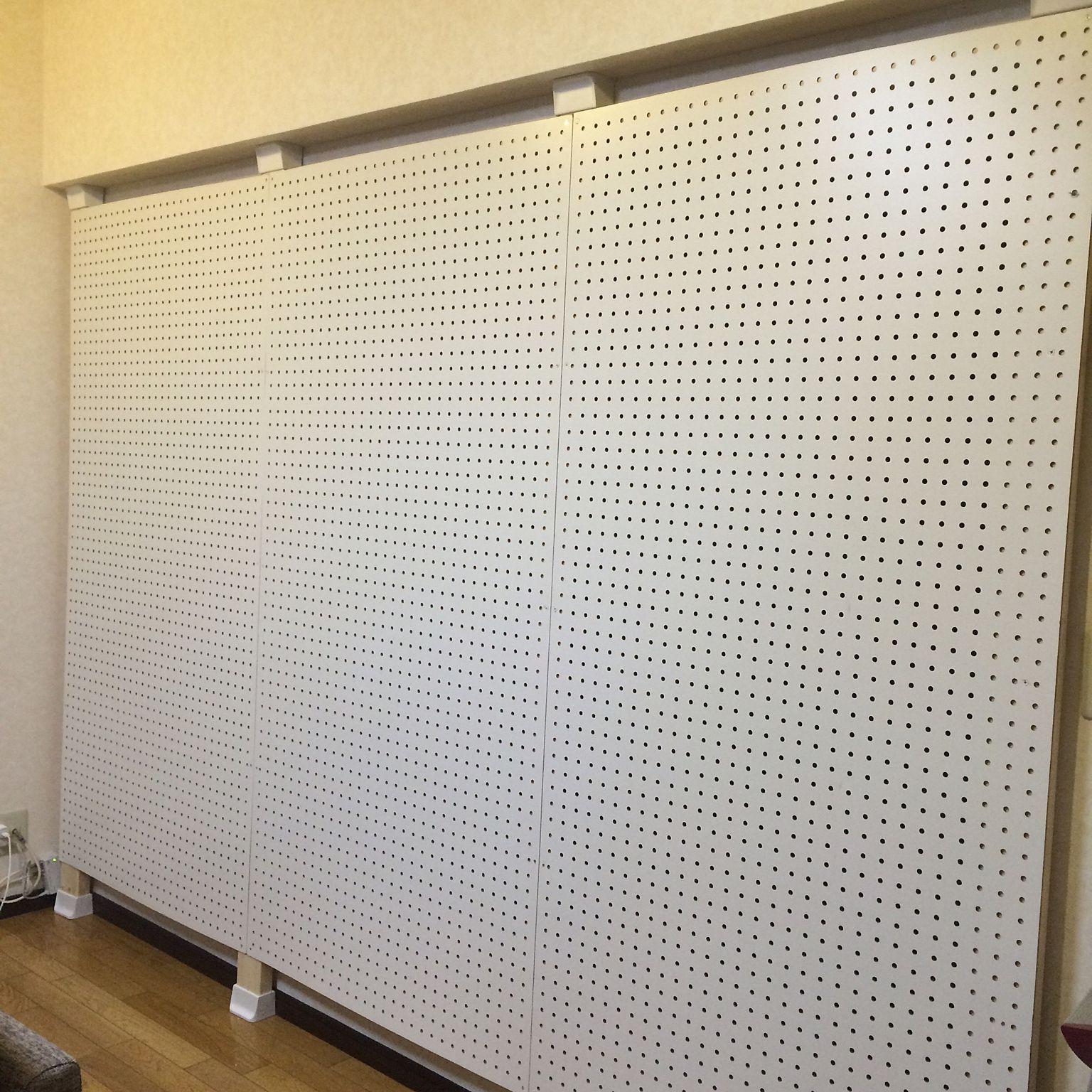 壁 天井 カラーボード 有孔ボード Diy 2 4材 などのインテリア実例