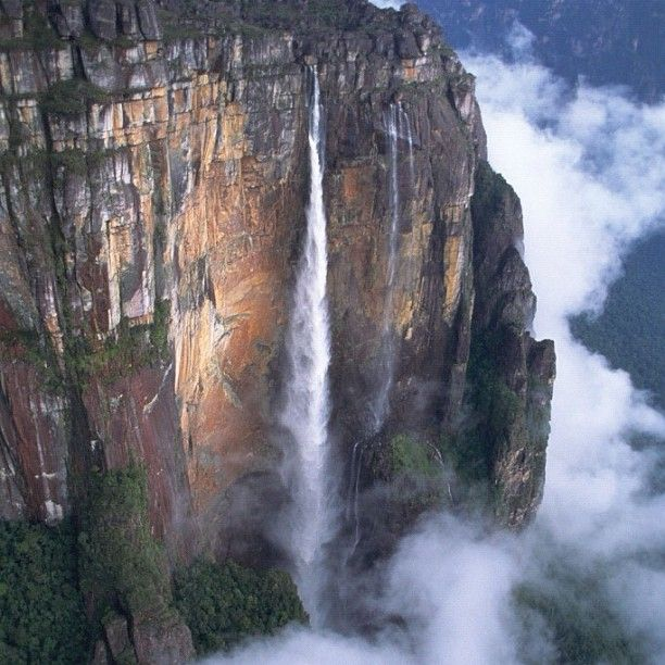 Angel Falls, the world's highest uninterrupted waterfall ...