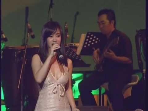 Ru Em Tung Ngon Xuan Nong - Hong Nhung