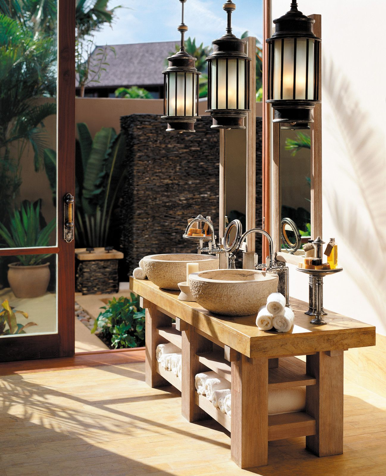 With A Luxurious Outdoor Bath And Shower You May Never Want To Prepossessing Luxury Outdoor Bathrooms Review